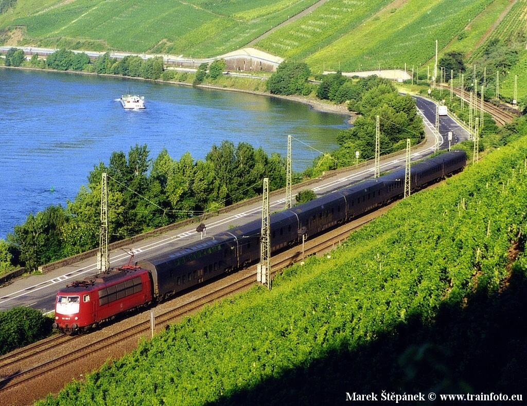 http://www.trainfoto.eu/FOTO/D_103.198_19980718_0000.jpg